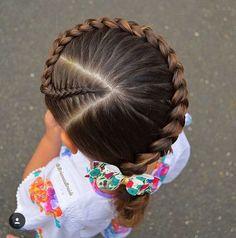 75 Easy Braids for Kids (with Tutorial) White Girl Braids, Little Girl Braids, Braids For Kids, Girls Braids, Fun Braids, Dutch Braids, Baby Girl Hairstyles, Kids Braided Hairstyles, Box Braids Hairstyles
