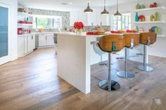 TEAM JONATHAN Tour the kitchen renovations from Drew and Jonathan Scott on Brother Vs. Jonathan Scott, Beach House Kitchens, Home Kitchens, Home Decor Websites, Decorating Websites, Victoria House, Kitchen Photos, Eclectic Decor, Beautiful Kitchens