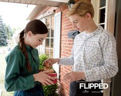 pic of the movie flipped | Madeline Carroll and Callan McAuliffe in Flipped