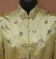 Vintage Asian evening coat in gold and rayon silk blend brocade size Large / Lg. One piece long coat is near mint. Introductory sale price for a short