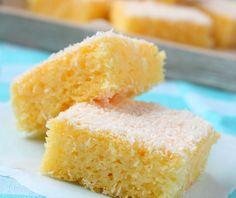 Könnyű, kókuszos, grízes kevert süti: a legfinomabb változat