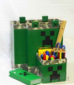 Make your resident geek's day with this fun Minecraft desk organizer tutorial that you can make with recycled materials!