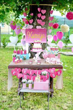 LOVE-Pink-Ombre-Gold-Birthday-Party-via-Karas-Party-Ideas-KarasPartyIdeas.com15.jpg 700×1,050 pixeles