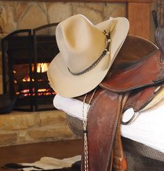 Cowboy hat from Catalina Hatters in downtown Bryan Texas. Horsehair band and stampede string. Cowboy Gear, Cowgirl Hats, Cowboy And Cowgirl, Cowboy Boots, Western Hat Styles, Mens Western Hats, Western Wear, Bryan Texas, Horse Riding Gear