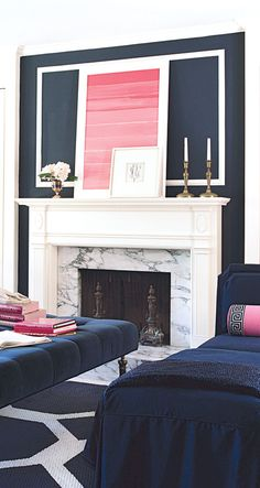I am obsessed with this navy wall and navy sofa. This has Holly potential Living Room Decor Inspiration, Interior Design Inspiration, Home Interior Design, Living Room White, My Living Room, Living Spaces, Navy Sofa, Reception Rooms, Decoration