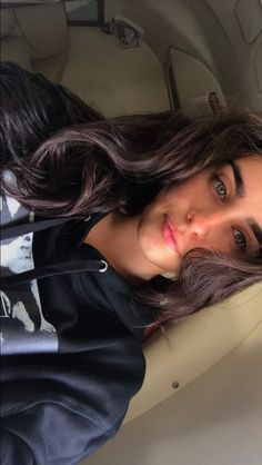 This girl has eyes that you could get lost in forever her green eyes could make you fall in love in one glance Lauren Jauregui Eyes, Fifth Harmony Lauren Jauregui, Fifth Harmony Camren, Ally Brooke, Demi Lovato, Katy Perry, Selena Gomez, Rihanna, Fith Harmony