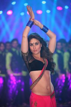 Sexy Saree and Navel Show - Most viewed pictorial on MB! Indian Bollywood Actress, Beautiful Bollywood Actress, Most Beautiful Indian Actress, Bollywood Fashion, Beautiful Actresses, Indian Actresses, Bollywood Theme, Bollywood Bikini, Bollywood Girls