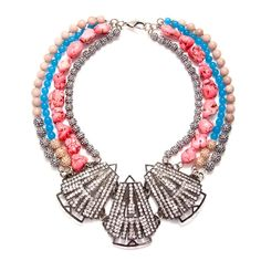 Chunky Neckpieces sooo necessary!