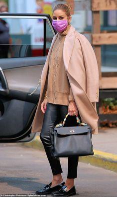 Olivia Palermo Outfit, Olivia Palermo Stil, Olivia Palermo Lookbook, Olivia Palermo Winter Style, Olivia Palermo Street Style, Look Casual Otoño, Simple Dress Casual, Casual Summer Dresses, Casual Fall