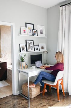 home office decor Chicago Condo Tour: Bright, Light, and Neutral Home Office Space, Home Office Design, Home Office Decor, Tiny Home Office, Office In Small Space, Office In Bedroom Ideas, Office Room Ideas, Small Workspace, Ikea Office