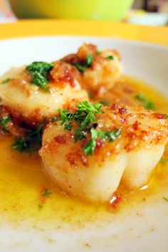 Scallops In Lemon Butter with Breadcrumbs