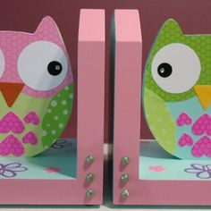 owl bookends!  So cute - If I can find wooden bunnies, these will go in D's room!