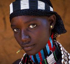 Africa   Hammer woman in Turmi, Ethiopia ... the kind of eyes you cannot miss...    ©Eric Lafforgue