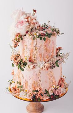 3d oil paint style cake in whimsical woodland style