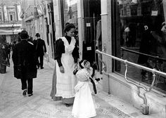 Lisboa de Antigamente: Profissões de antanho: a ama
