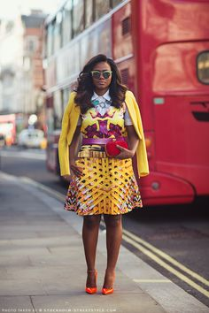 Soraya in London. Oh heavens. Love the yellow and print. I yearn for spring and she is bringing it. #LFW #CarolinesMode