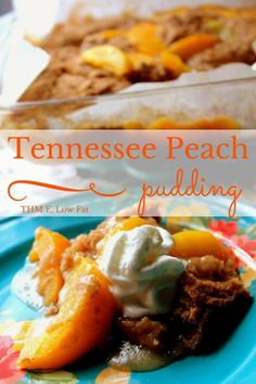 An amazing tennessee peach pudding that is sure to be gobbled up at your next family picnic! Sweet Juicy peaches with a spiced cobbler topping! Trim Healthy Recipes, Trim Healthy Momma, Thm Recipes, Whole Food Recipes, Snack Recipes, Dessert Recipes, Cream Recipes, Snacks, Low Carb Sweets