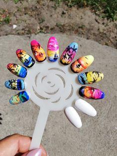 Palm Nails, Sea Nails, Daisy Nail Art, Daisy Nails, Seashell Nails, Tropical Nail Designs, Sunset Nails, Bunny Nails, Nail Salon Decor