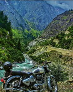 Nightlife Travel, Travel And Tourism, Indian Army Special Forces, Amazing Photography, Nature Photography, Tourist Places, Incredible India, Night Life, National Parks