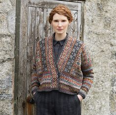 Ravelry: Fairisle Club Lerwick pattern by Marie Wallin Fair Isle Knitting Patterns, Knitting Charts, Knitting Designs, Knitting Socks, Knit Patterns, Hand Knitting, Knitting Tutorials, Vintage Knitting, Knitting Ideas