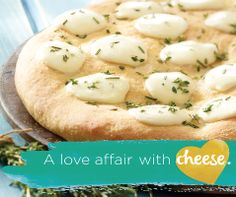Flavours come alive in this Tre Stelle Pizza Bianca with Bocconcini and Romano! Cheese Recipes, Pizza Recipes, Good Food, Yummy Food, Bread Bun, Entree Recipes, Food Photo, Hot Dog Buns