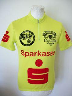 95babd0b1 241 beste afbeeldingen van Wielrenshirts - Cycling jerseys