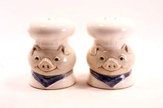 Vintage Fitz and Floyd Pig Salt and Pepper Shakers by TheGlassLily Salt N Peppa, Salt And Pepper Set, Kitchen Things, Salt Pepper Shakers, Cows, Dining Room, Pink, Baby, Stuff To Buy