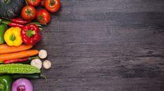 "Diet sangat berpengaruh dalam mengurangi gejala Tinnitus, tapi bukan berarti menyembuhkannya. Diet yang baik terbukti mengurangi suara berdenging pada penderita Tinnitus. Diet untuk penderita Tinnitus tidak menyarankan Anda untuk makan ""Makanan cepat saji"" dan menjadi langkah pertama dalam mengurangi Tinnitus. Kebanyakan ""Makanan cepat saji"" mengandung kadar lemak jenuh yang tinggi, garam dan bahan pengawet yang mana semua hal tersebut meningkatkan gejala terjadinya Tinnitus…"