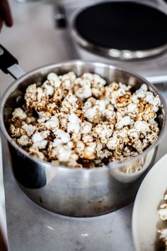 Gingerbread Popcorn | Treasures & Travels
