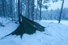 Kevytretkeilyn lyhyt oppimäärä - Teemu Saloriutta http://www.luonnonvalo.net/kevytretkeilyn-lyhyt-oppimaara/