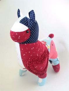 Keepsake alpaca created from baby clothes. A great way to transform those old babygrows. Wooden Hearts, Pet Memorials, Keepsakes, Your Child, Dinosaur Stuffed Animal, Bunny, Bear, Memories, This Or That Questions