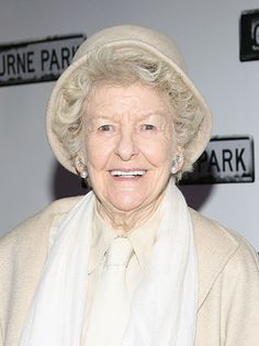 Broadway Legend Elaine Stritch Dies at 89 - http://starzentertainment.net/music-and-entertainment-news/broadway-legend-elaine-stritch-dies-at-89.html/