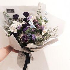 "206 Likes, 13 Comments - supia flower (@supia__flower) on Instagram: ""#vaness #flower #vanessflower #flowergram #florist #instaflower #handtied #Academy #바네스 #플라워카페…"""