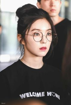 I love Irene sm🧡 Irene Red Velvet, Red Velvet アイリン, Seulgi, Kpop Girl Groups, Kpop Girls, Korean Glasses, Red Valvet, Beautiful Gorgeous, Korean Beauty