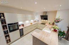 Proiect bucatarie Dumbravita   Kuxa Studio, expert in mobila de bucatarie - 5354 U Shaped Kitchen, Kitchen Cabinets, Table, Furniture, Home Decor, U Shape Kitchen, Decoration Home, Room Decor, Cabinets