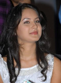 Indian Bengali actress Pooja Bose best picture and wallpaper gallery. Best hd image of actress Pooja Bose. Beautiful Girl Indian, Beautiful Girl Image, Most Beautiful Indian Actress, Beautiful Film, Beautiful Bollywood Actress, Beautiful Actresses, Beauty Full Girl, Beauty Women, Pooja Bose