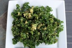 Totally have to make this! Raw Kale and Avocado Salad with Lime-Sriracha Vinaigrette Paleo Kale Recipes, Kale Salad Recipes, Wine Recipes, Whole Food Recipes, Vegan Meals, Kale Avocado Salad, Salad Bar, How To Eat Paleo, Healthy Eats