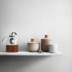 Storage Stone Jars w. Lid, Earth & Sand New Norm Thermo Cup Kettle Tea Pott Design by Norm Architects Box Deco, Cadeau Design, Design3000, Heat Resistant Glass, Glass Teapot, Minimal Kitchen, Tea Eggs, Jar Storage, Shops