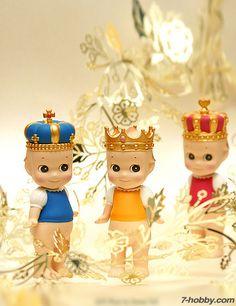 DREAMS 65018 Sonny Angel Mini Figure Crown Series-12pcs Set
