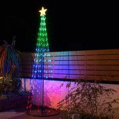 玄関先やお庭の演出に約2.5mの輝くツリー。【イルミネーションツリーLマルチカラー】