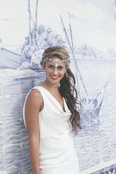 http://mariaraophotography.blogspot.pt/2013/10/blog-post_30.html #villasaopaulo bride wedding dress jewellery hair photoshoot wedding venue portugal #weddingvenueportugal #weddingportugal #villasaopauloportugal #vsp #weddingdestinationportugal #weddingbytheseaportugal