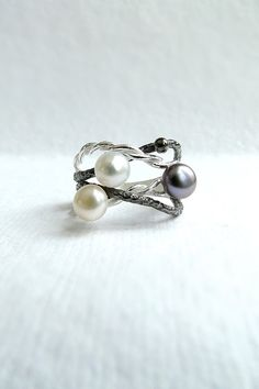 Fresh water pearl and silver twig ring, tree branch ring, sterling silver ring, oxidized silver ring, black pearl ring, statement multi ring