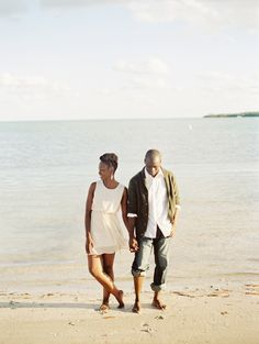 Beach elopement in Miami  -  To Love Photographie