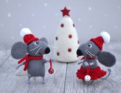 Needle felted Mice - Christmas - Felted mice Set of 2 - Needle felted mouse…