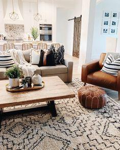 @thesisterstudioig// #homedecor #home #forthehome #home #homeremodel #renovation #livingroom