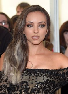 Pin for Later: Les Little Mix Étaient la Définition Même du Mot Glamour Lors des Women of the Year Awards Jade Thirlwall