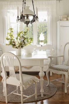 VIBEKE DESIGN  ///  Scandinavian design with a cottage feel.