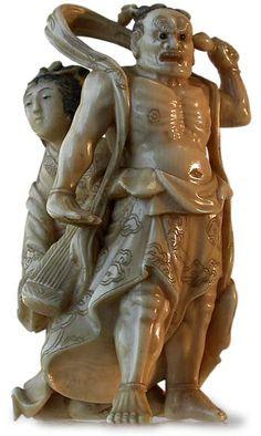 Antique Japanese Netsuke with Inlays Nio Dhamapala Protecting Tennin  Signature: Tomomasa (To) Circa: mid 19th century