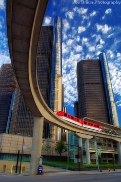 Renaissance Center & People Mover, Detroit, MI