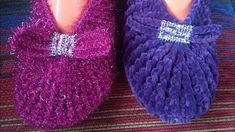 Baby Sweater Knitting Pattern, Crochet Slippers, Baby Sweaters, Fingerless Gloves, Arm Warmers, Knitted Hats, Youtube, Shoes, Fashion